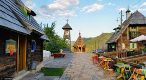 drvengrad-kusturica-traditional-eth