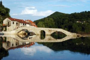 rijeka-crnojevica-montenegro-5